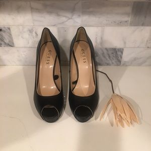 Guess open toe Black leather HighHeels size 8.5